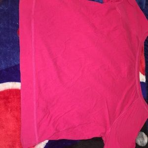 Hollister Tops - Used Pink Hollister shirt
